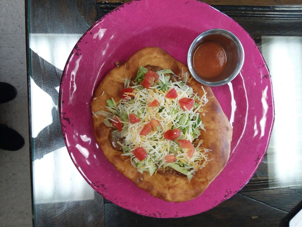 Rosalinda's Fry Bread and Mexican Food: 1507 19th Ave, Scottsbluff, NE