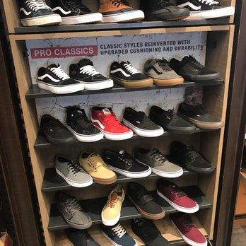 Vans Outlet - 14 Photos   33 Reviews - Shoe Stores - 5630 Paseo Del ... 83454c3ef51