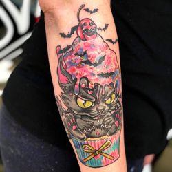 Tattoo boyfriend flip flop with swap