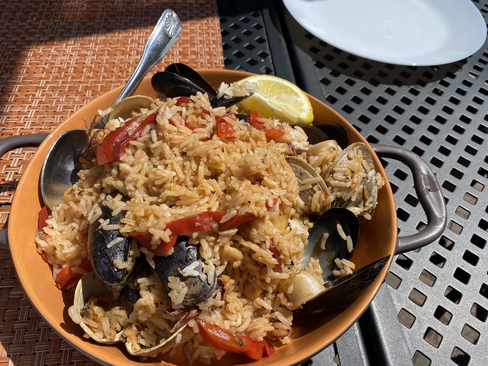Tumi Peruvian and Italian Kitchen: 592 Main St, Hyannis, MA