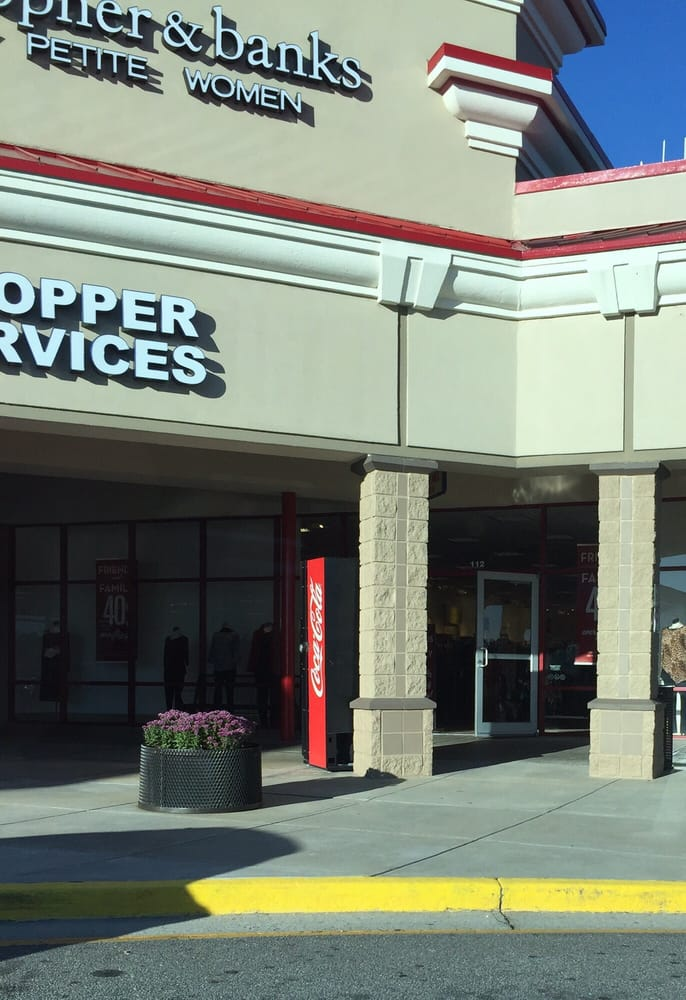 Christopher & Banks - outlet store in Tanger Outlet Center - Blowing Rock (North Carolina) Shoppes on the Parkway Road, Blowing Rock, NC Phone: () Christopher & Banks - outlet store in Cincinnati Premium Outlets (Ohio) Premium Outlets Drive, Monroe, OH Phone: ()