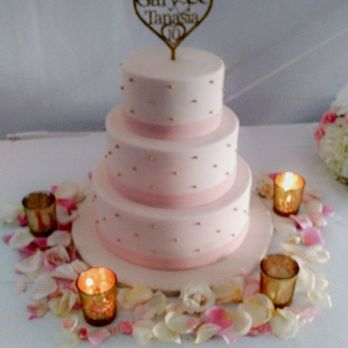 Eddas Cakes In Pembroke Pines