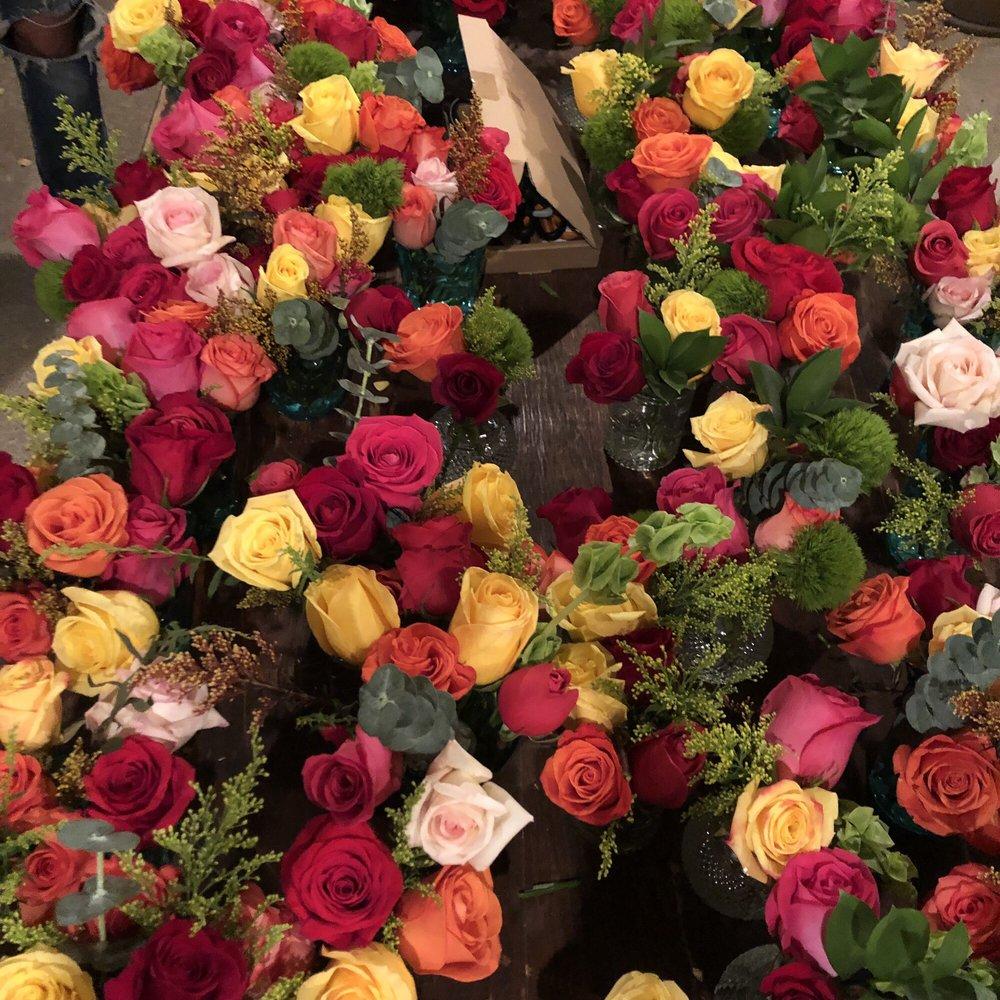 Woodbridge Florist: 18964 N Lower Sacramento Rd, Woodbridge, CA
