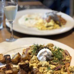Best breakfast with vegan options near me