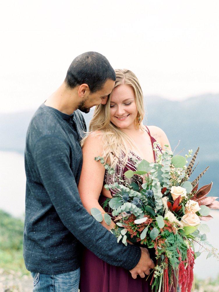Martha's Flowers & Gifts: 9131 Glacier Hwy, Juneau, AK