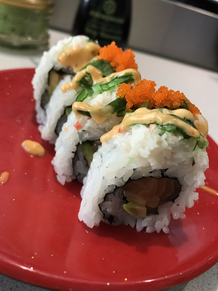 Sushi Hurray: 21900 Willamette Dr, West Linn, OR