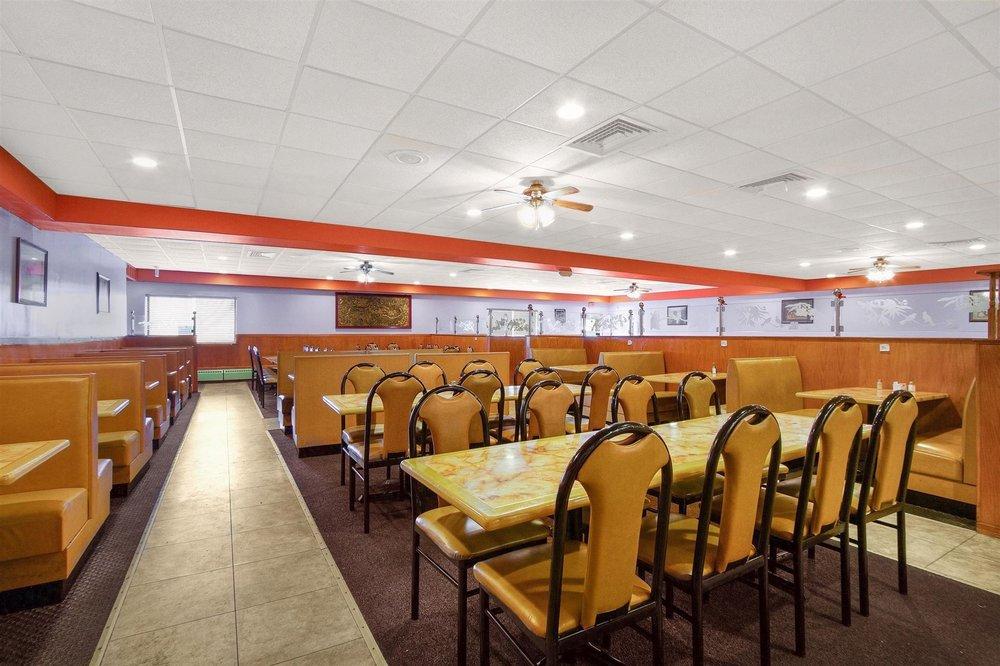 Super Buffet: 206 Copeland Ave, La Crosse, WI