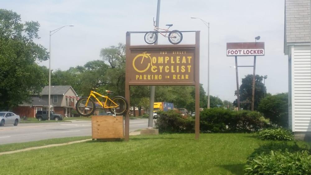 Compleat Cyclist: 703 E Sibley Blvd, Dolton, IL