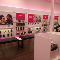 T-Mobile - 14 Reviews - Mobile Phones - 13368 Main St