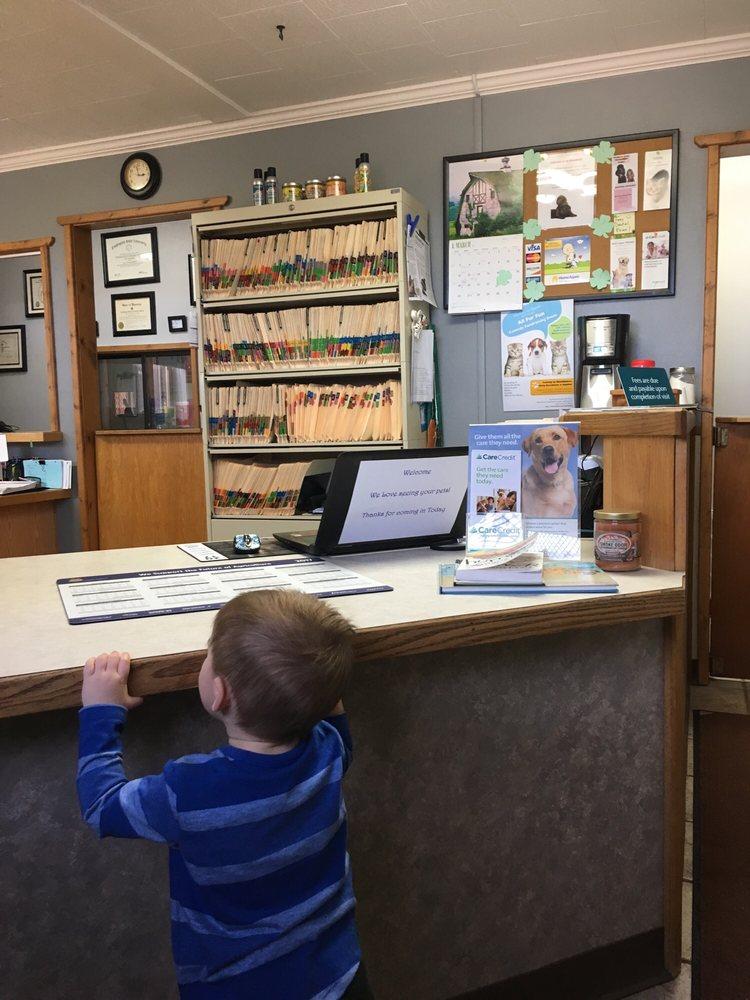 Sugar Factory Veterinary Clinic: Sugar Factory Rd, Hardin, MT