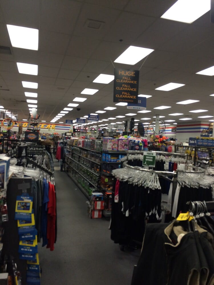 Big 5 Sporting Goods: 9120 Reseda Blvd, Northridge, CA