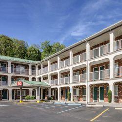 Photo Of Econo Lodge Summersville Wv United States