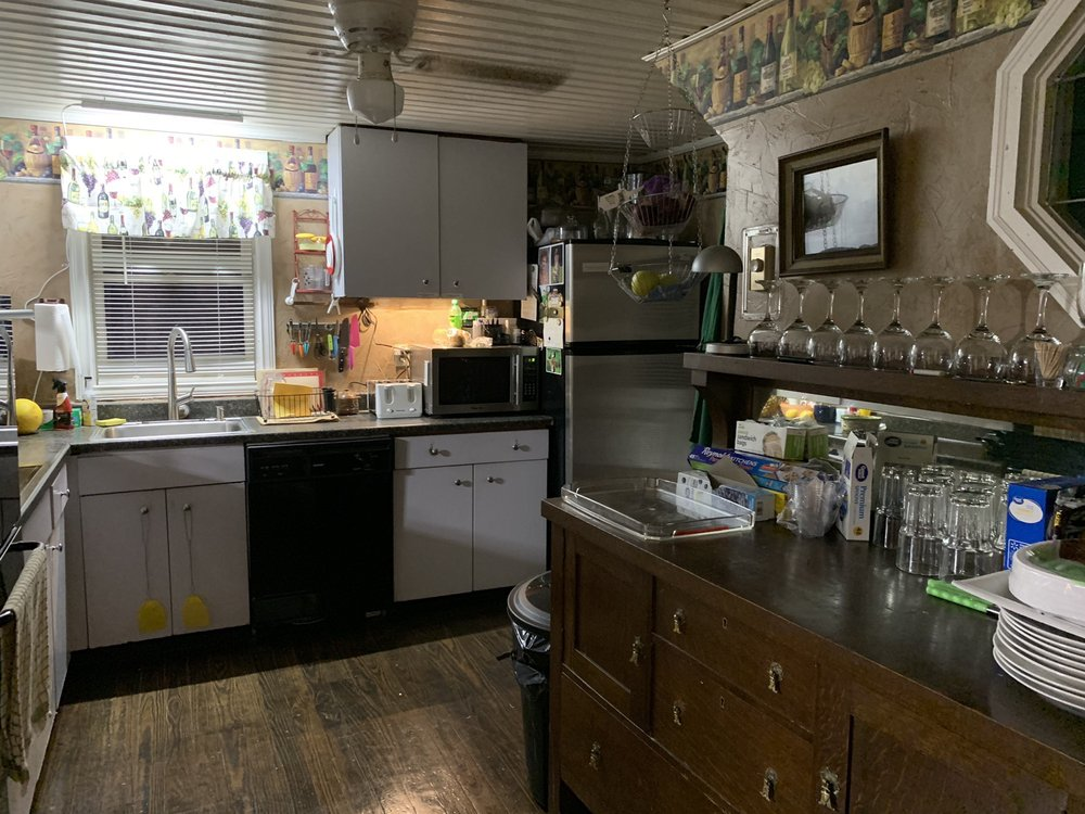 Woodruff House: 330 Mechanic St, Luray, VA