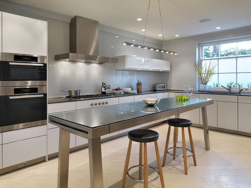 bulthaup b3 kitchen system with a bulthaup b2 workbench designed and installed by hobsons choice. Black Bedroom Furniture Sets. Home Design Ideas