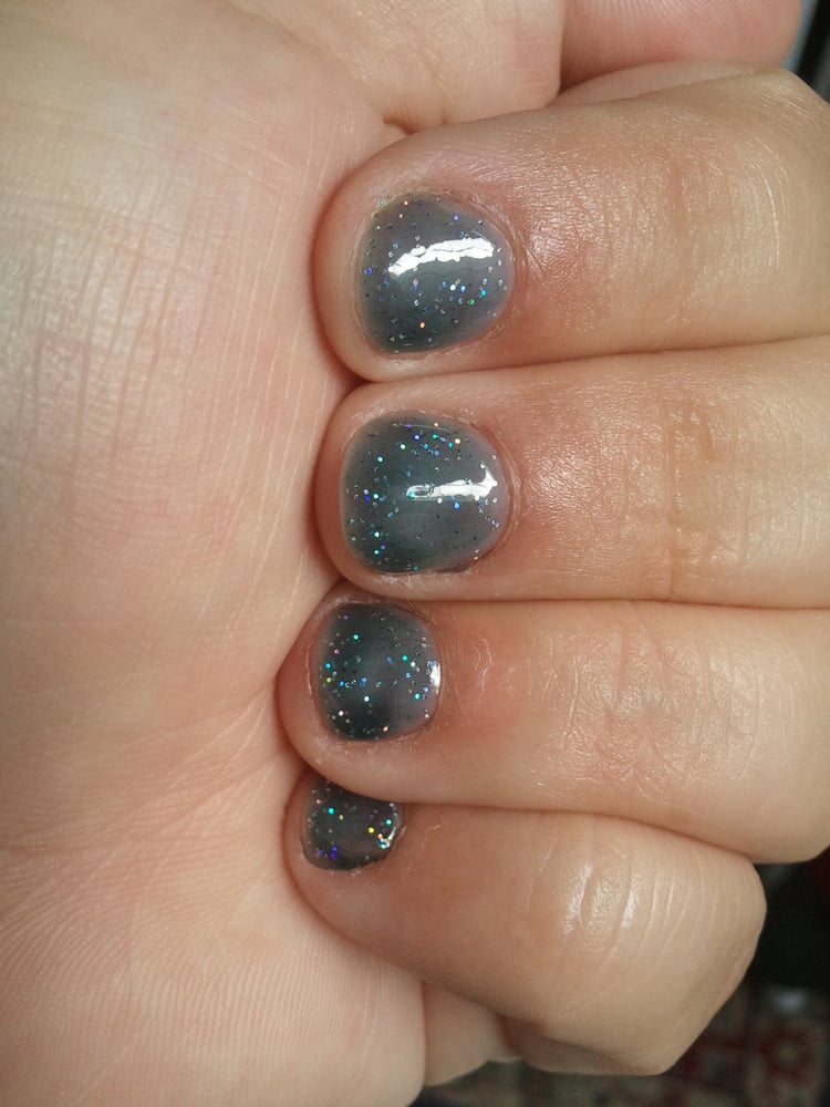 Gelish Gel Nails Short Nails Grey With Sparkles Great Job Great