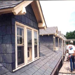Le Roofing Company