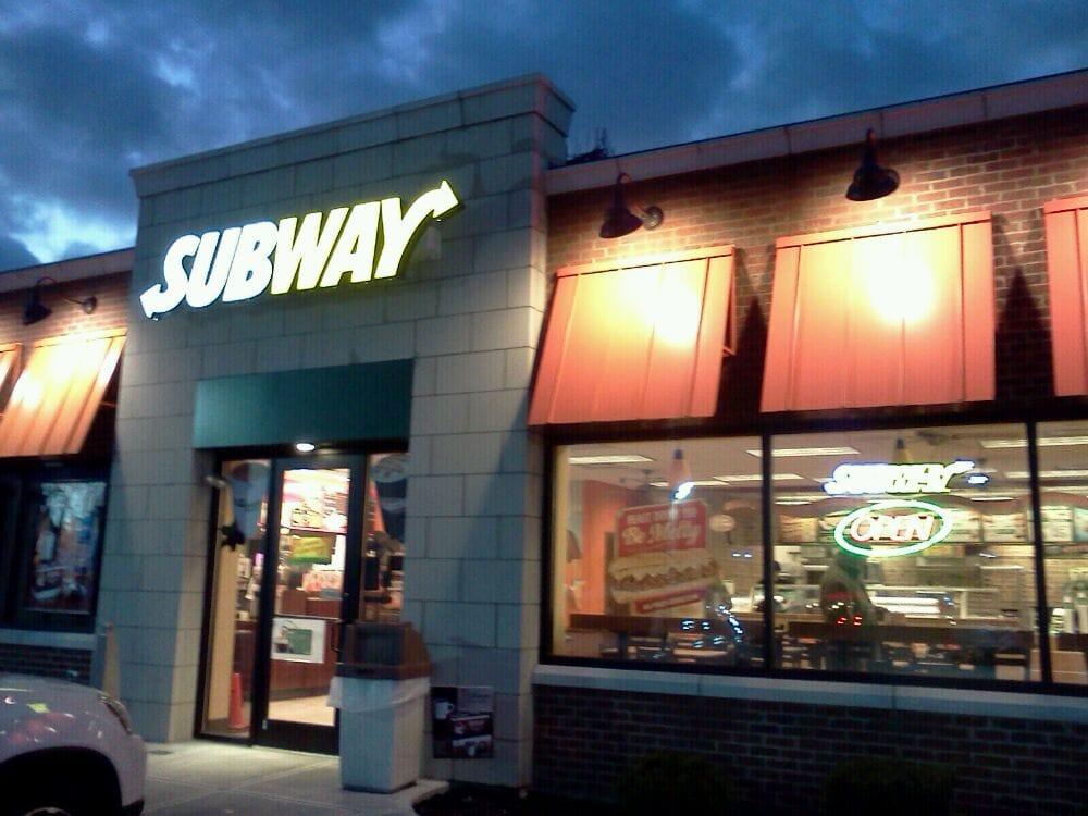Montgomery Shell Food Mart: 10809 Montgomery Rd, Cincinnati, OH