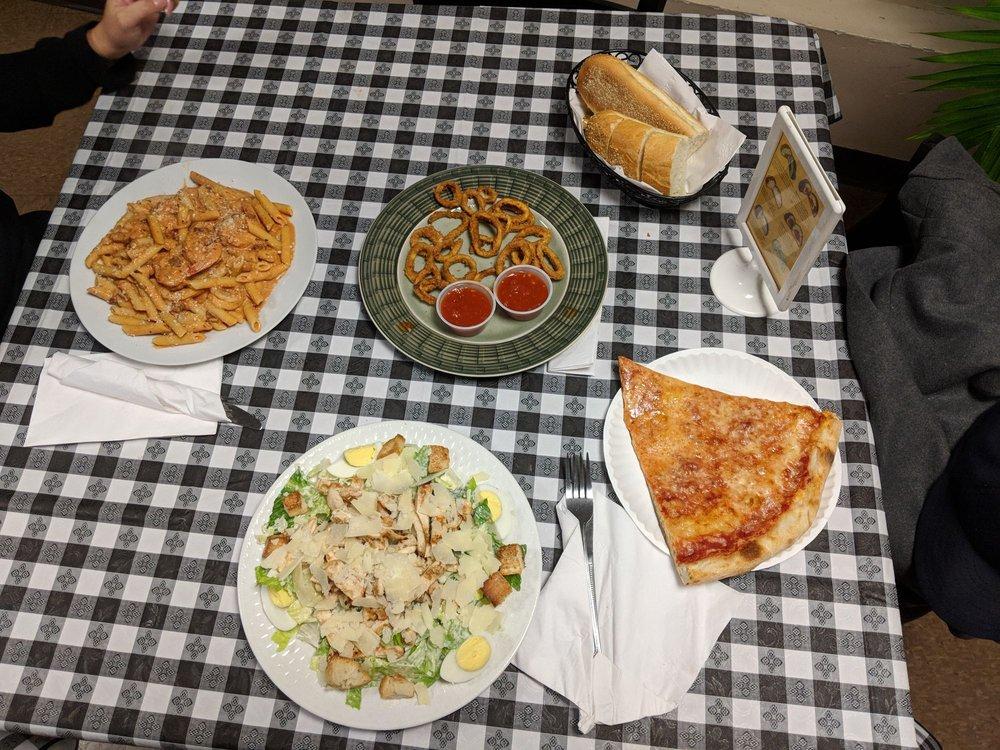 Main Street Pizza: 129 Main St, Chester, NY