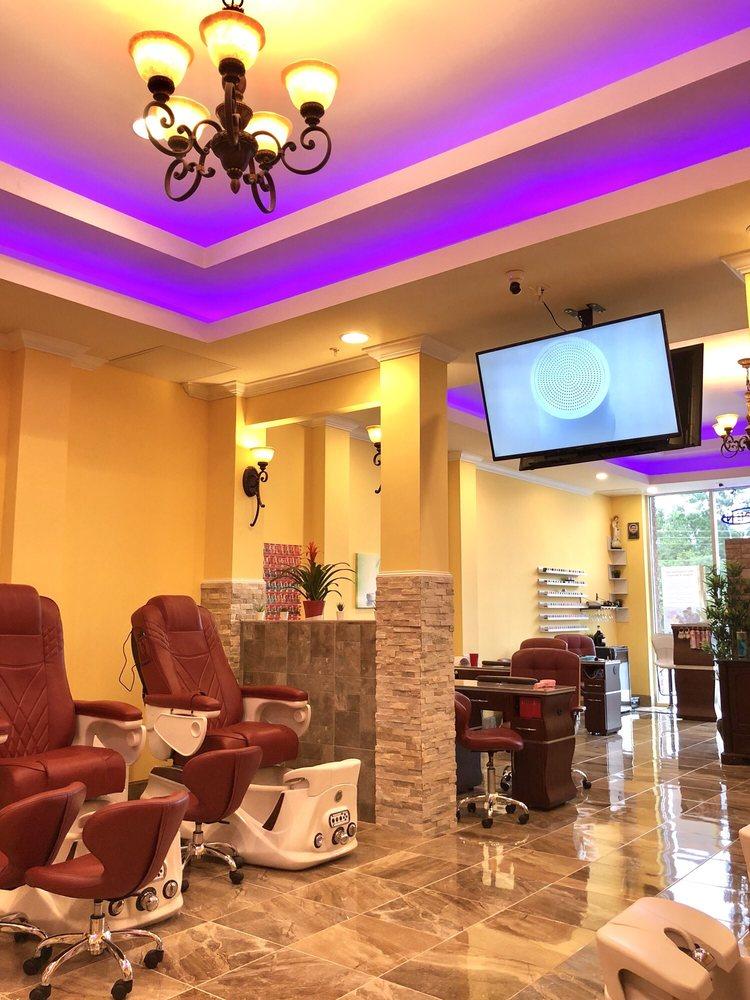 Nail Boutique & Spa: 443 W Cr 419, Oviedo, FL
