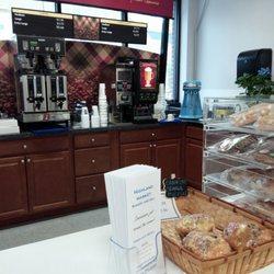 Highland Market Bakery & Deli 14 s Delis 830 S Ave