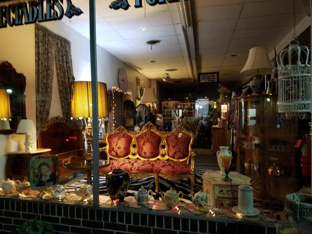 Milford Antiques: 34 N Walnut St, Milford, DE