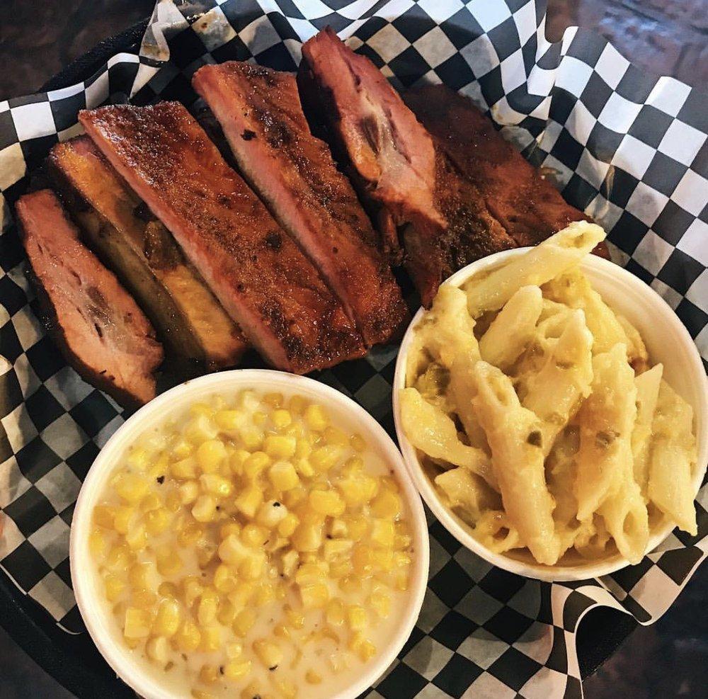 Moonie's Texas Barbecue: 5545 Atlanta Hwy, Flowery Branch, GA