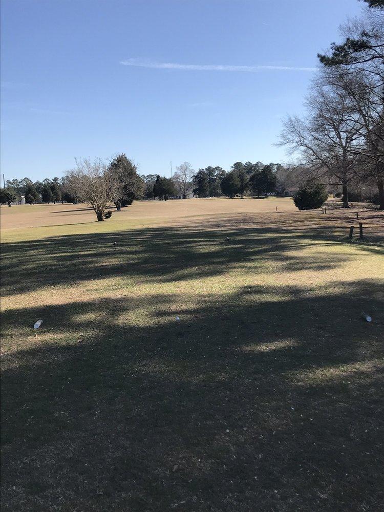 Gloucester Country Club: 6731 Golf Club Rd, Gloucester, VA