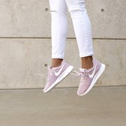 ... Photo of Famous Footwear - Philadelphia, PA, United States