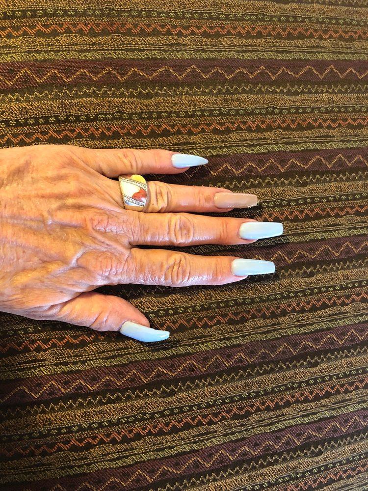 Ken & Kelly's Nail: 2476 S Oneida St, Green Bay, WI