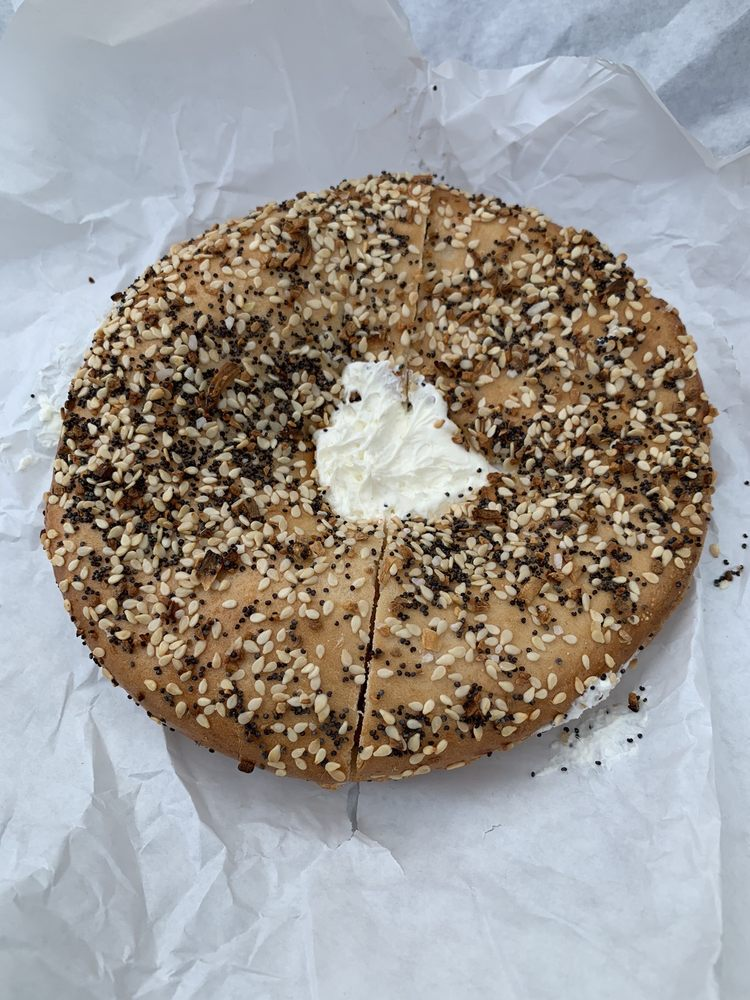 Food from Izzy's Brooklyn Bagels