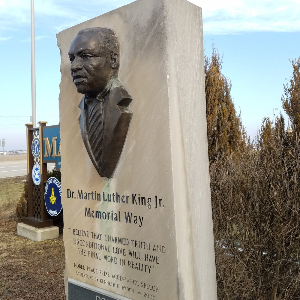 Martin Luther King Jr Memorial Way Marker: 4805 S Washington St, Marion, IN