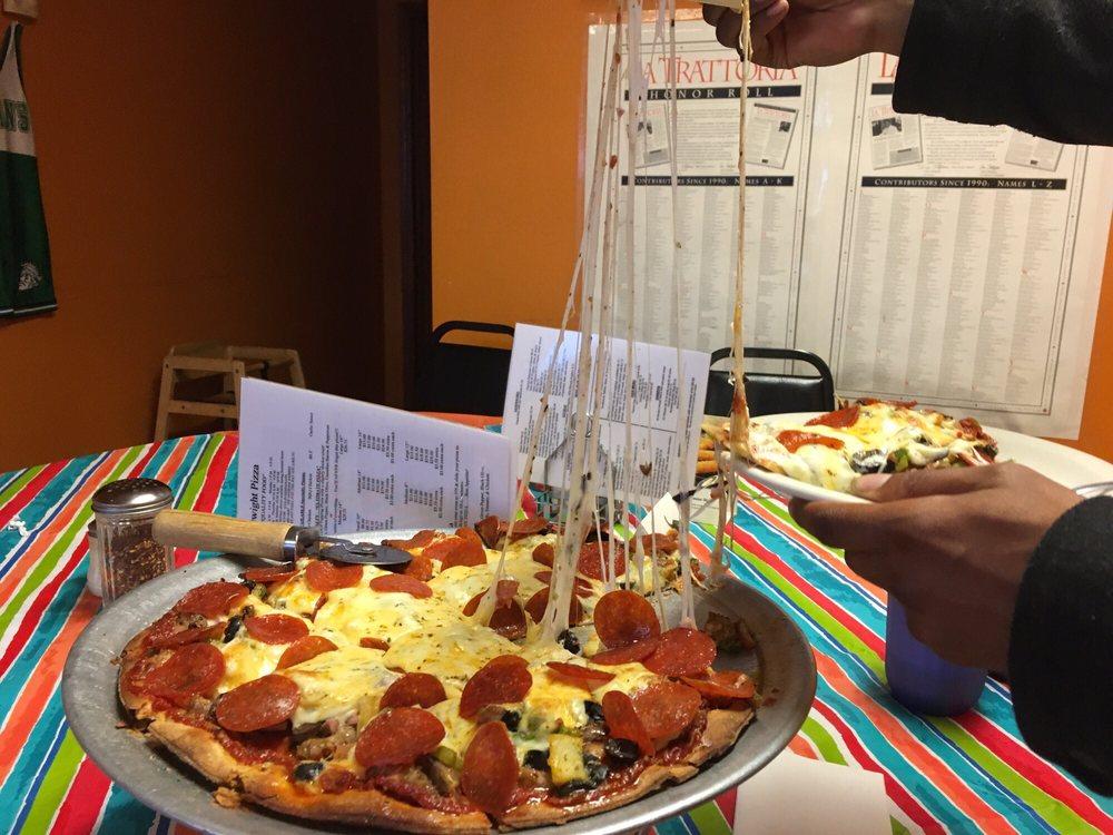 Dwight Pizza: 20 Burbeck Dr, Dwight, IL