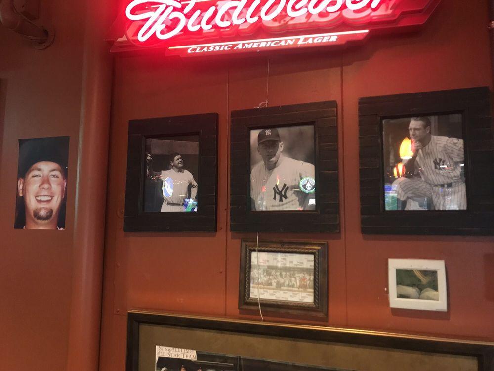 Crossroads Sports Bar & Grill: 5790 Cheviot Rd, Cincinnati, OH