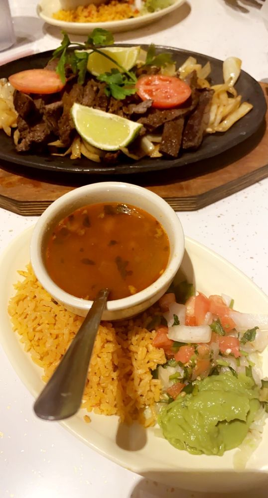 Rancho Viejo Mexican Restaurant: 102 S Elm St, Madisonville, TX