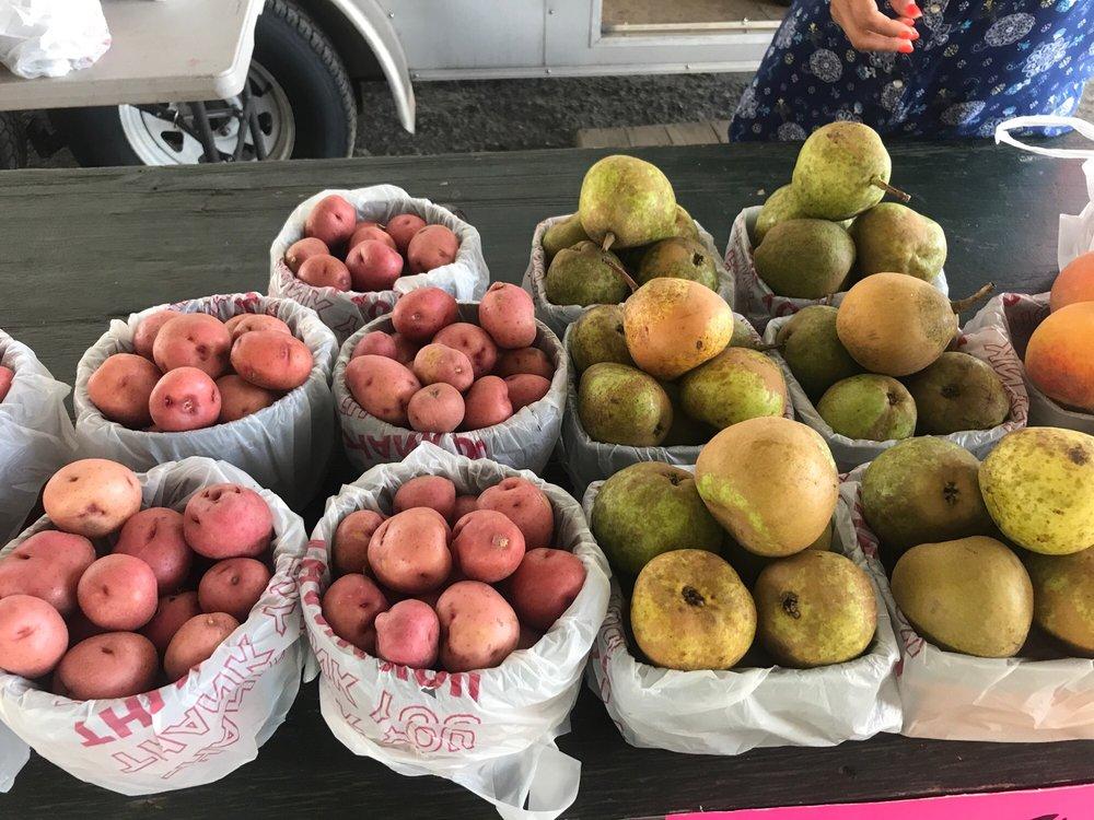 Palestine Farmers Market: 815 W Spring St, Palestine, TX