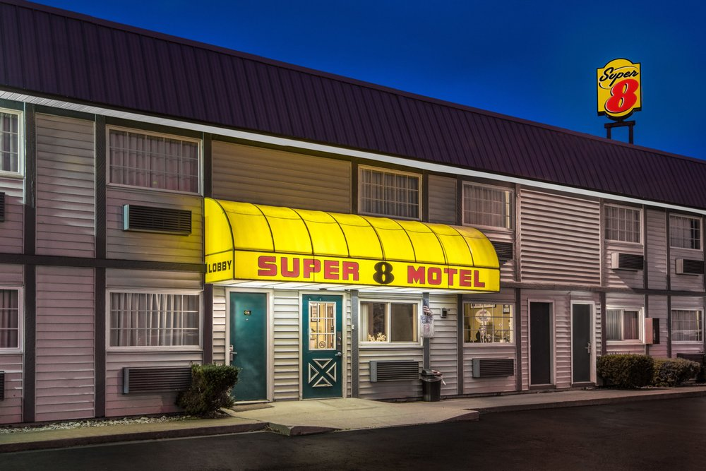 Super 8 By Wyndham Wooster Hotels 969 Timken Road Oh Phone Number Yelp