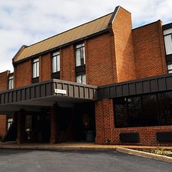 Quality Inn At Kingsmill Busch Gardens Area Closed 22 Photos 13 Reviews Hotels 480