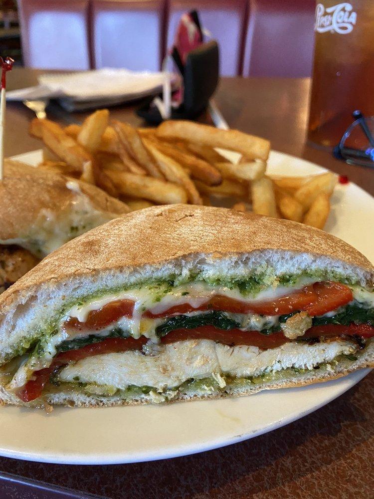 Porto Pizza & Grill: 33168 Main St, Dagsboro, DE