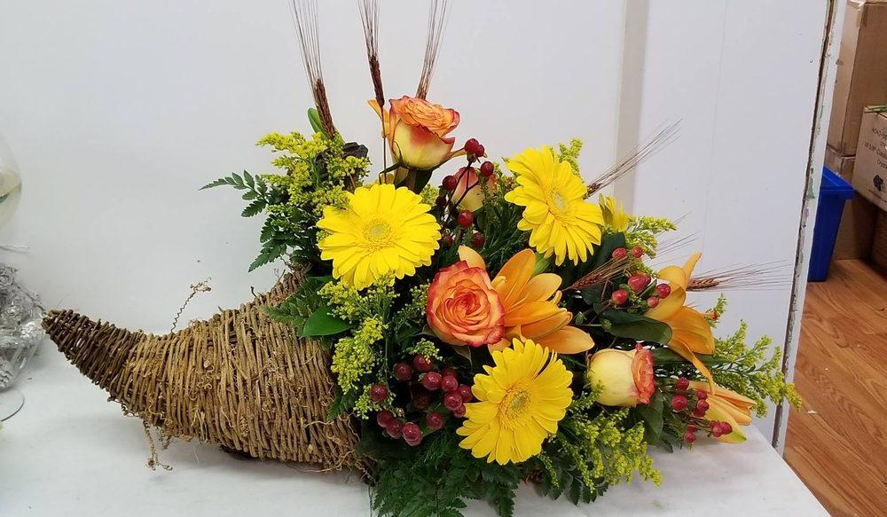 Petals and Treasures: 29472 Vines Creek Rd, Dagsboro, DE