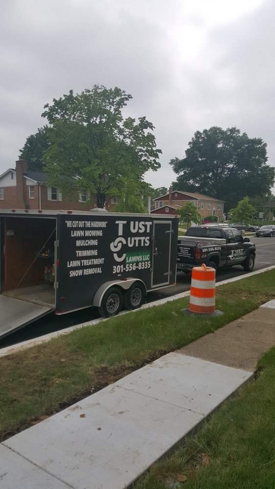 Just Cutts Lawns: Prince Frederick, MD