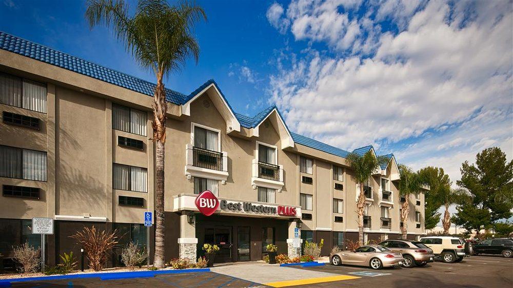 Best Western Plus Diamond Valley Inn: 3510 W Florida Ave, Hemet, CA