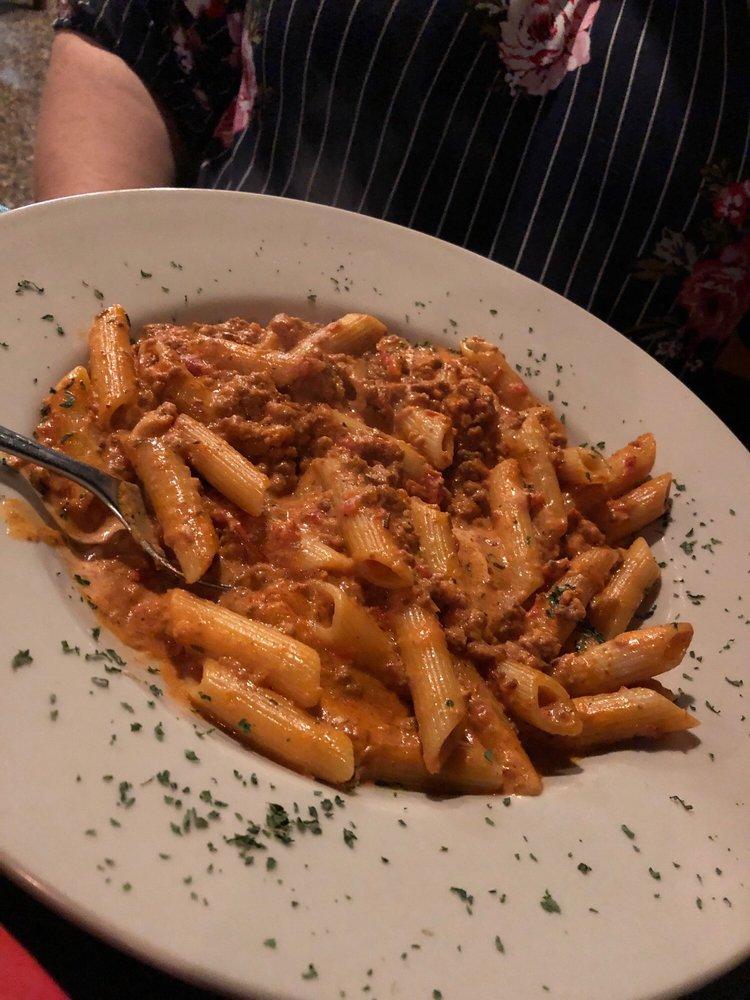 Giovanni's Italian Kitchen: 5733 Crowley Rd, Fort Worth, TX
