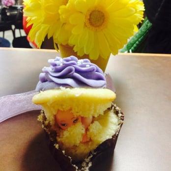 oh my cupcakes 25 photos 19 reviews cupcakes 5015 s western