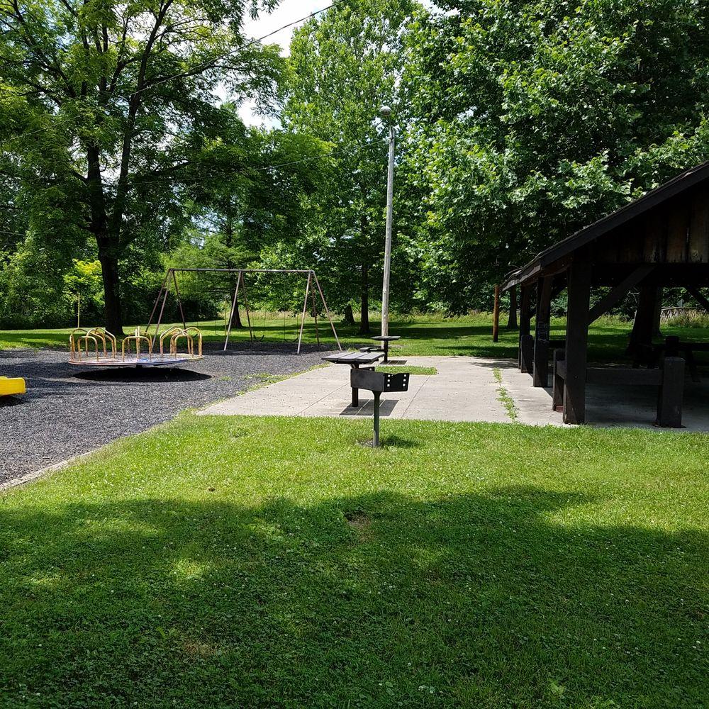 Morningside Park: 2100 E Cornell Ave, Muncie, IN
