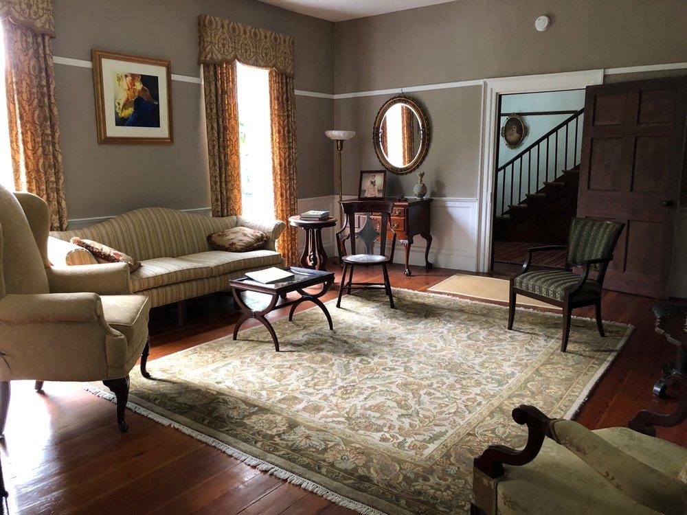 Oak Grove Plantation Bed & Breakfast: 1245 Cluster Springs Rd, South Boston, VA
