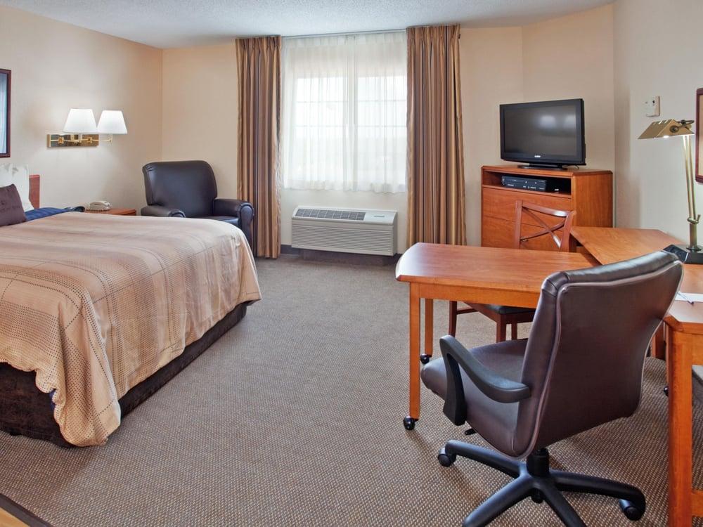 Candlewood Suites Emporia: 2602 Candlewood Dr, Emporia, KS