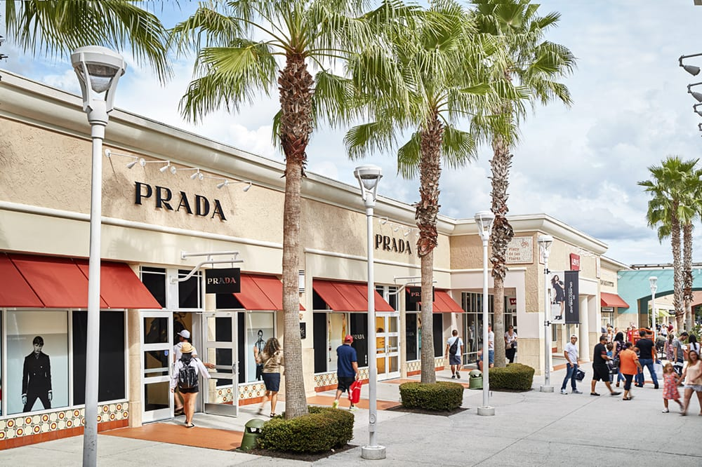 Here is a list of Premium Outlets and the Mills centers are located throughout the U.S. and offer top designer stores with discount prices. The Balance Everyday Florida. Silver Sands Premium Outlets Emerald Coast Parkway W Destin, Florida ()