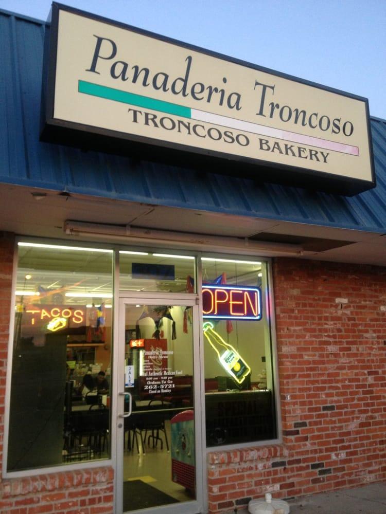 Panaderia Troncoso: 307 S Rock Island Ave, El Reno, OK