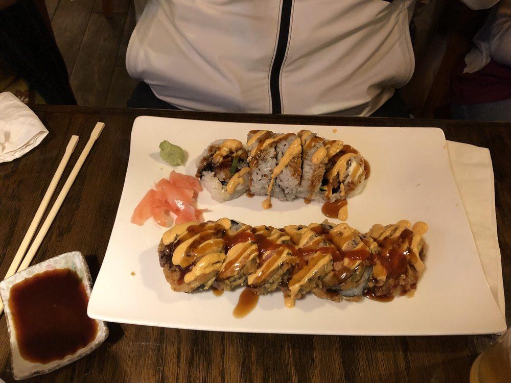 Sushi Moto: 436 Elmwood Rd, Lansing, MI