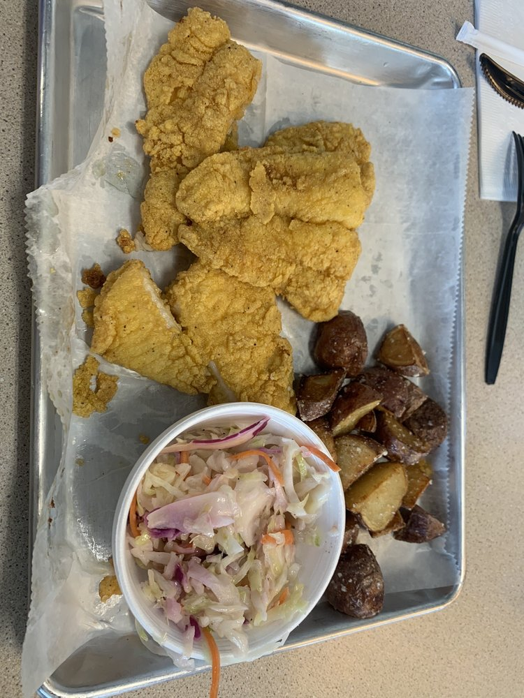 J's Catch Market & Grill: 502 Mlk Pkwy Jr / 431S, Phenix City, AL